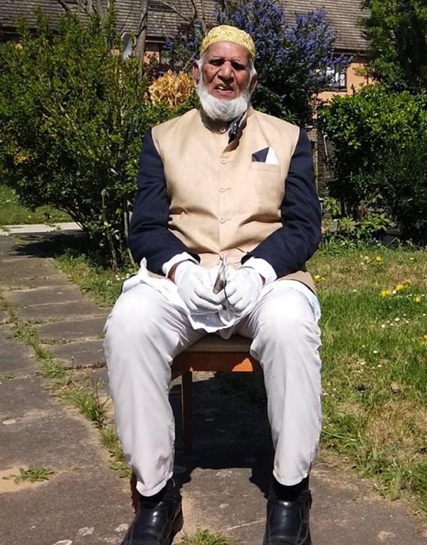 Man, 100, raises 60,000 pounds for coronavirus victims while fasting for Ramadan